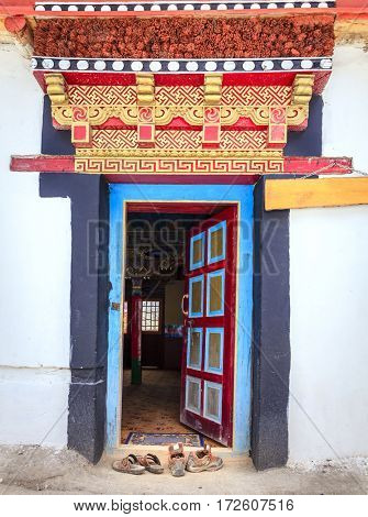 Door to a Buddhist temple