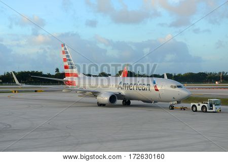 Fort Lauderdale, FL, USA - JAN. 4, 2015: American Airlines Boeing 737-800 at Fort Lauderdale - Hollywood International Airport, Fort Lauderdale, Florida, USA.