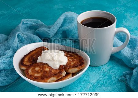 Fritter With Cream
