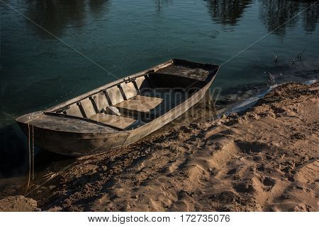 the loneliness that, like an abandoned boat, abandon your soul in the hands of the growth that emerges