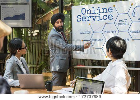 Online Service Customer Hexagon Diagram Icon