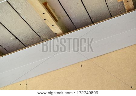 Installation of the ceiling of MDF panels