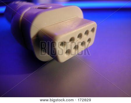 Monitor Plug