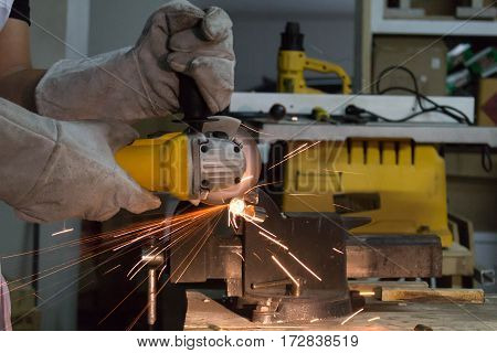 Cutting Metal With Angle Grinder.