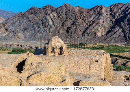 Abandoned mud brick village of Kharanaq in Iran