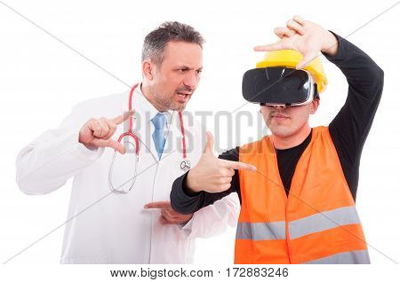 Medic Copying Constructor Gesturing On Reality Glasses