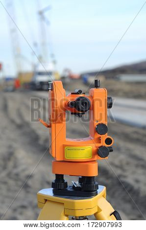 Device theodolite оf surveyor to measure the coordinates of the terrain