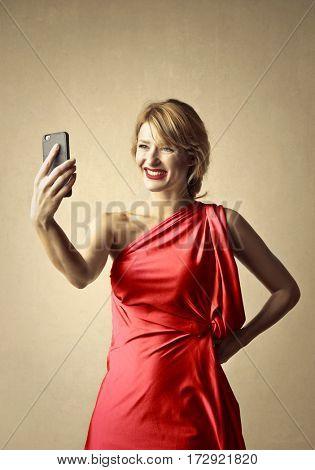 Blondie doing a selfie