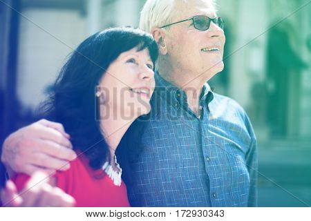 Photo Gradient Style with Couple hanging out enjoy traveling together