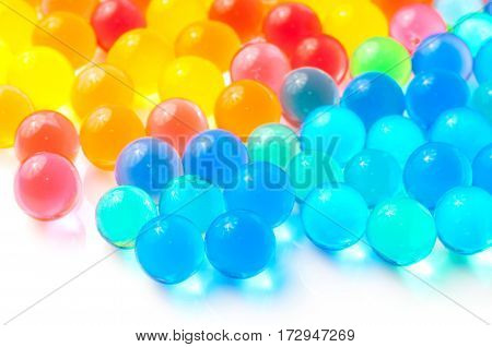 Color balls, colored polymer gel, hydrogel beads