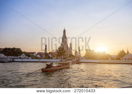 Riverside Livestyle Of Thai People Transis With Boat