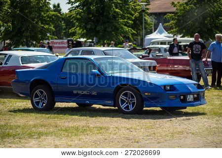 Paaren Im Glien, Germany - May 19, 2018: Muscle Car Chevrolet Camaro Iroc-z Z28, 1985. Die Oldtimer