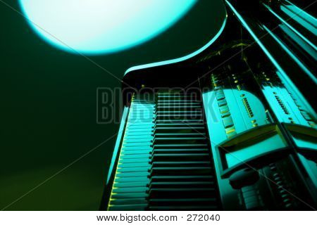 Piano In Green