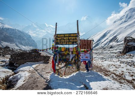 Annapurna Base Camp, Nepal - April-14-2016 : The Scenery View Of Himalaya Mountains Range With Macha