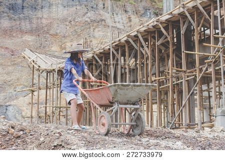 Poor Children Working At Construction Site Against Children Labour, Children Have To Work Because Of