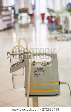 Machines Related Hemodialysis In A Modern Dialysis Center