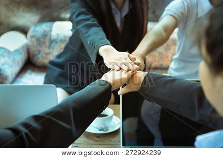 Business Trust Commitment Which Business Partners Holding Hands With Help, Trust ,support ,empathy A