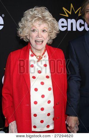 LOS ANGELES - DEC 7:  Phyllis Diller arrives at the Premiere Of Encore's