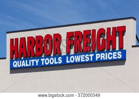 Harbor Freight Tools Retail Exterior And Sign