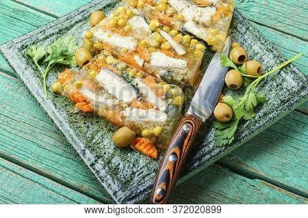 Tasty Aspic Fish.
