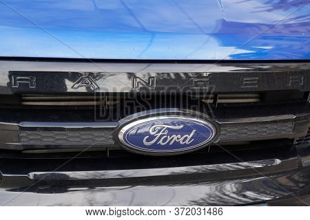 Bordeaux , Aquitaine / France -  01 09 2020 : Ford Ranger Logo On Grill Silver Car Sign American Mul