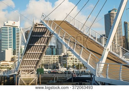 Auckland, New Zealand - September 22 2017 : Wynyard Crossing One Of An Iconic Landmark In Auckland,