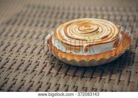 Baked, Bakery, Cake, Citron, Citrus, Closeup, Cooked, Cooking, Cuisine, Cut, Delicious, Dessert, Die