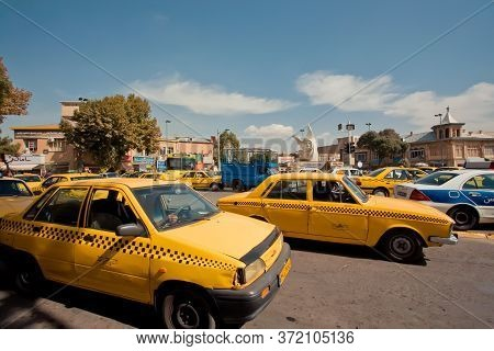 Sanandaj, Iran: Many Taxi Cars On Busy Road Of Old Iranian City On October 11, 2019. City Is The Cap