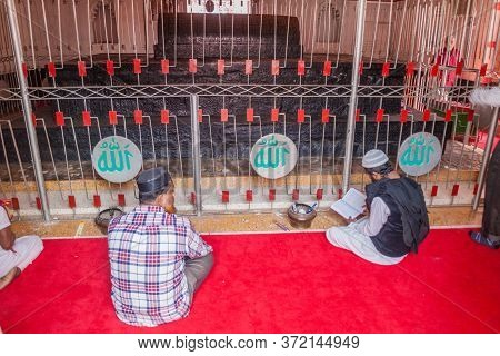 Bagerhat, Bangladesh - November 16, 2016: Muslim Men In Khan Jahan Ali Tomb In Bagerhat, Bangladesh