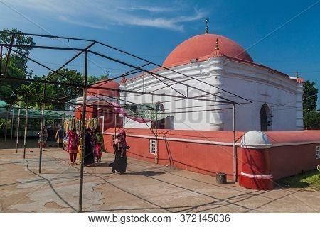 Bagerhat, Bangladesh - November 16, 2016: Khan Jahan Ali Tomb In Bagerhat, Bangladesh