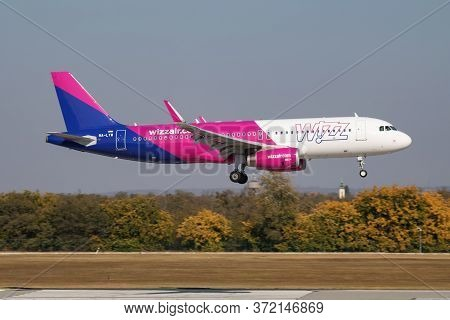 Budapest / Hungary - October 14, 2018: Wizz Air Airbus A320 Ha-lyw Passenger Plane Arrival And Landi