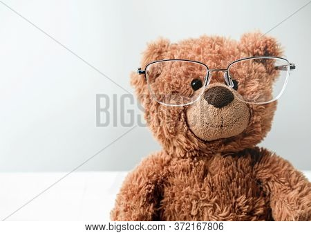 Toy Teddy Bear In Glasses. Eyesight Concept. Children Vision And Eye Care. Oftalmology And Eyeglasse