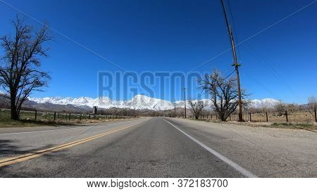 Pov Drive At Inyo County And Yosemite In California - Travel Photography