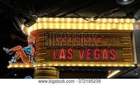 Las Vegas Neon Sign By Night - Las Vegas-nevada - October 11, 2017