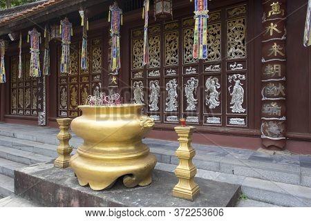 Hanoi Area, Vietnam - January 05, 2017: Visiting The Parfume Pagoda Area; This Complex Has Temples,