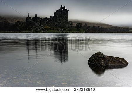 Glencoe, Scotland - Jan 2020: Kilchurn Castle, Near Oban Viewed Standing At The Head Of Loch Awe
