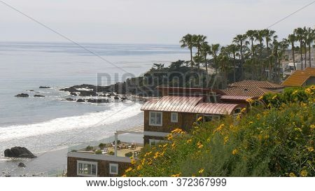 Exclusive Mansions At Malibu Beach At The Pacific Coast Highway