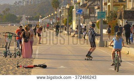 The Promenade At Santa Monica Beach - Los Angeles, United States - March 29, 2019