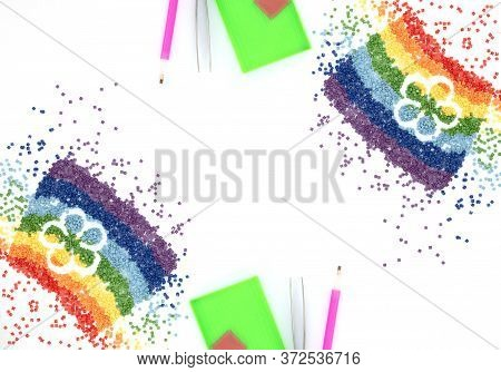 The Rainbow Of Colorful Crystals With Flower Shape, Tweezers, Stylus And Tray For Diamond Embroidery