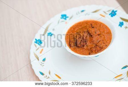 Lauki Ke Kofte, Light Tomato Based Delicious Gravy Dunked With Koftas Made From Bottle Gourd