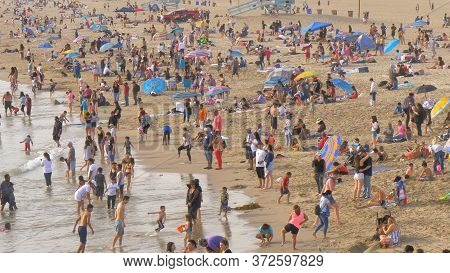 Santa Monica Beach On A Hot Summer Day - Los Angeles, United States - March 29, 2019