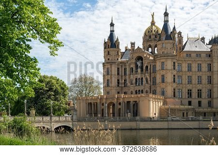 Portal And Entrance Of The Schwerin Castle Or Schwerin Palace, In German Schweriner Schloss, A Roman