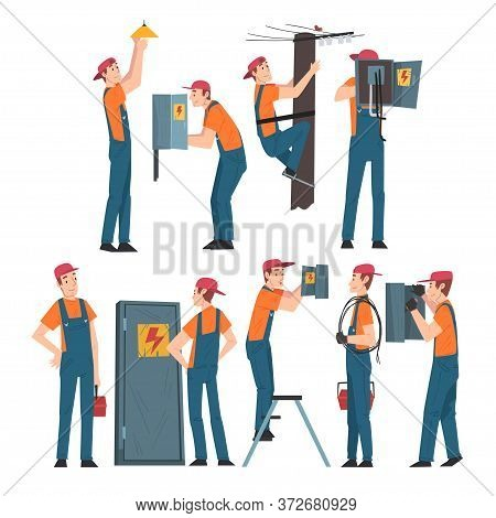 Electrical Engineers Repairing And Operating Electrical Equipment, Electricity Maintenance Professio