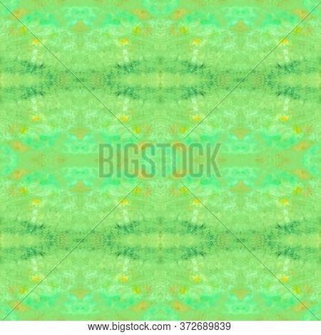 Vintage Delicate Tile. Marrakech Texture Design. Elegant Geo Pattern. Bright Green Seamless  Pattern