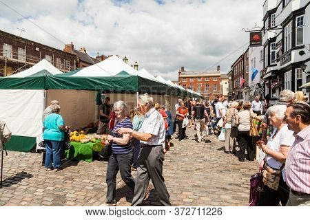 Leek, Staffordshire Moorlands, England, U.k - June 21 2014 : Shoppers Of All Ages At The Ancient Bor