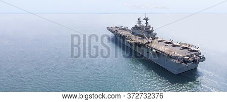 Nuclear Ship, Military Navy Ship Carrier Full Loading Fighter Jet Aircraft And Helicopter For Patrol