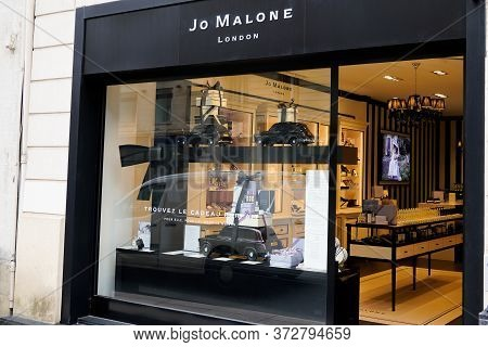 Bordeaux , Aquitaine / France - 06 14 2020 : Jo Malone London Sign And Logo On Boutique Shop Facade