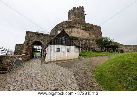 Bolkow, Dolnośląskie / Poland-18 June 2020.:old Castle Ruins In Central Europe. Medieval Building Ma