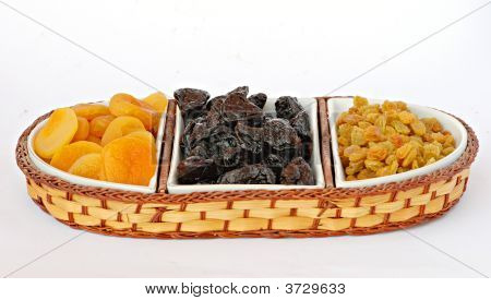 Rasins, Dried Apricots, And Purines In Bowl
