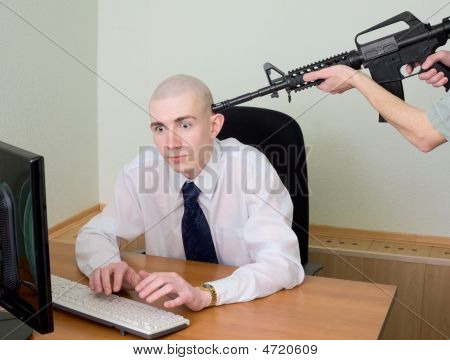 Arrest Of The Hacker At Office